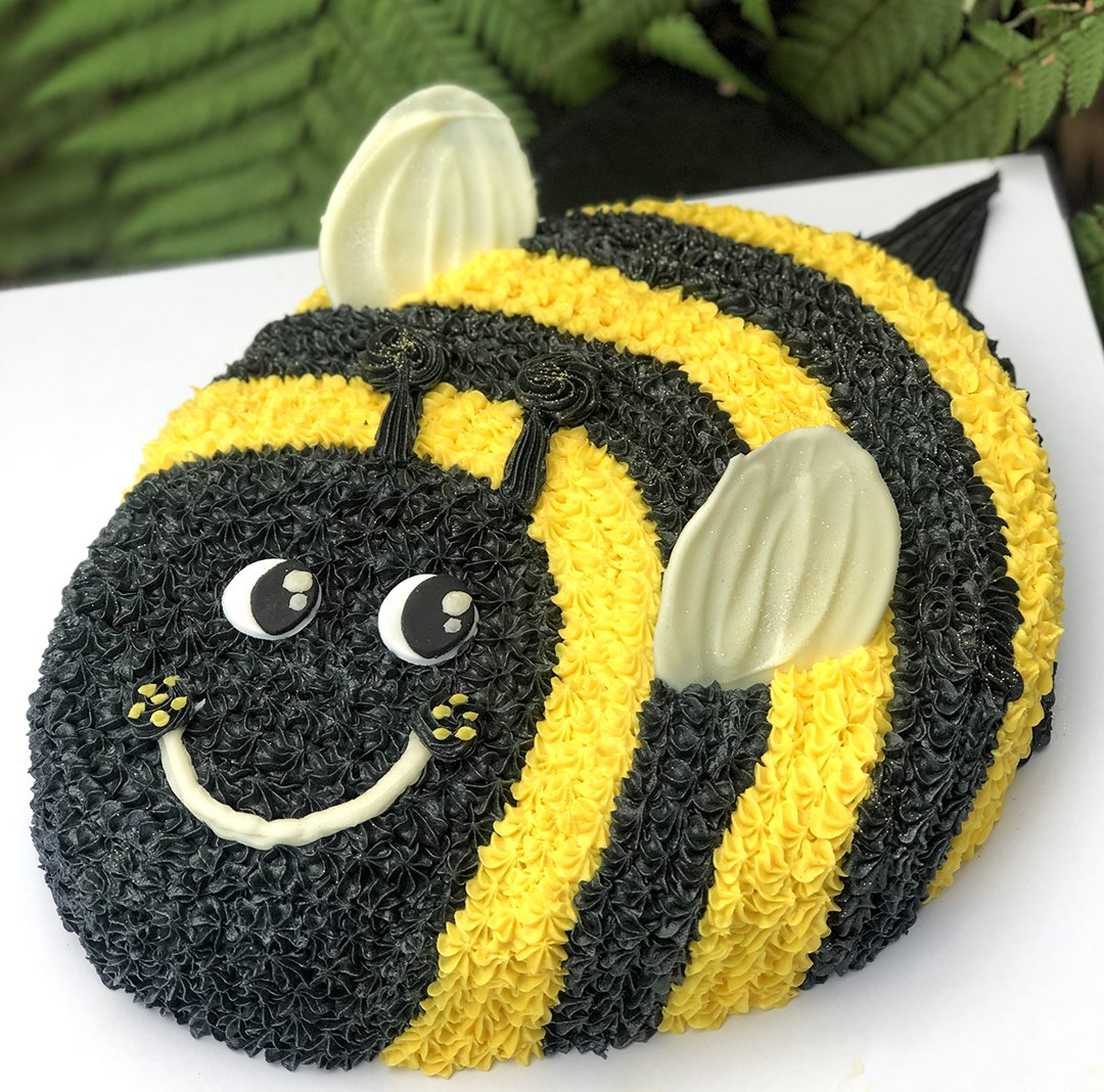 Tremendous Bumble Bee Birthday Cake Kidds Cakes Bakery Funny Birthday Cards Online Inifofree Goldxyz