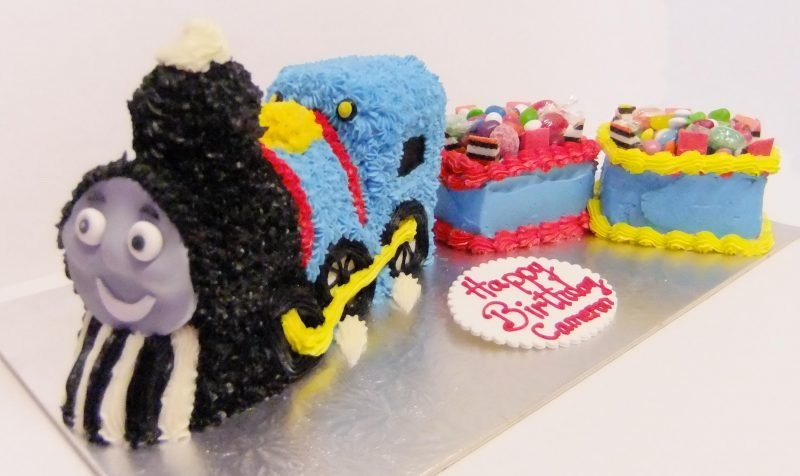 3D Train With Carriages Birthday Cake Description