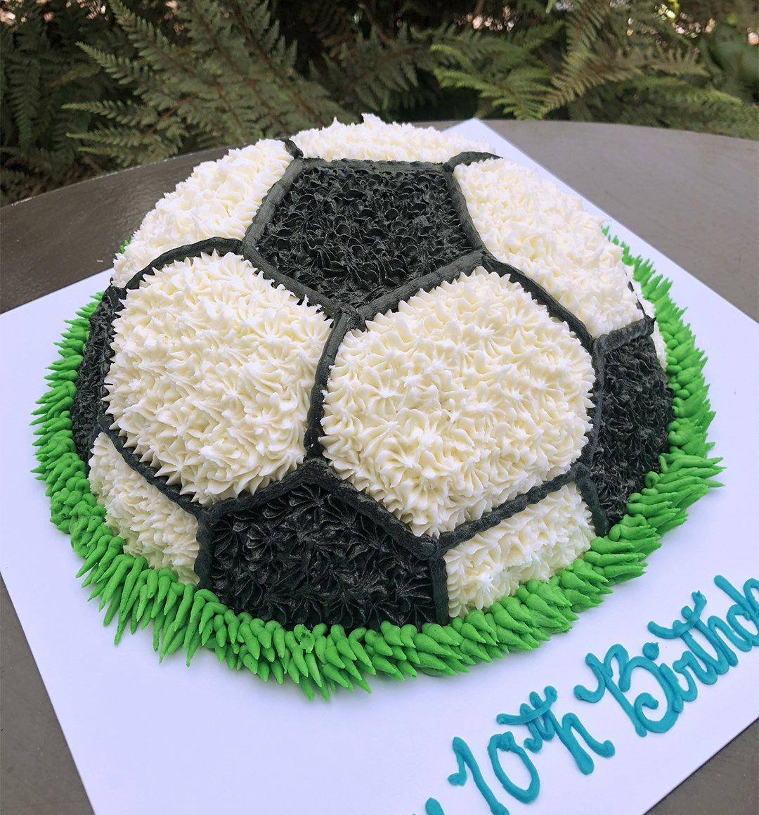 Cool Football Birthday Cake Kidds Cakes Bakery Birthday Cards Printable Giouspongecafe Filternl