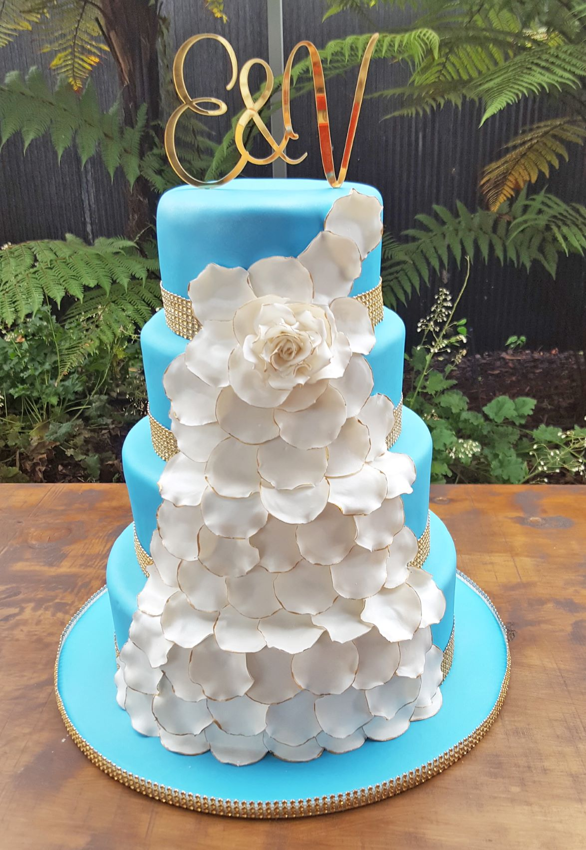 Fondant Flower Petal Trail
