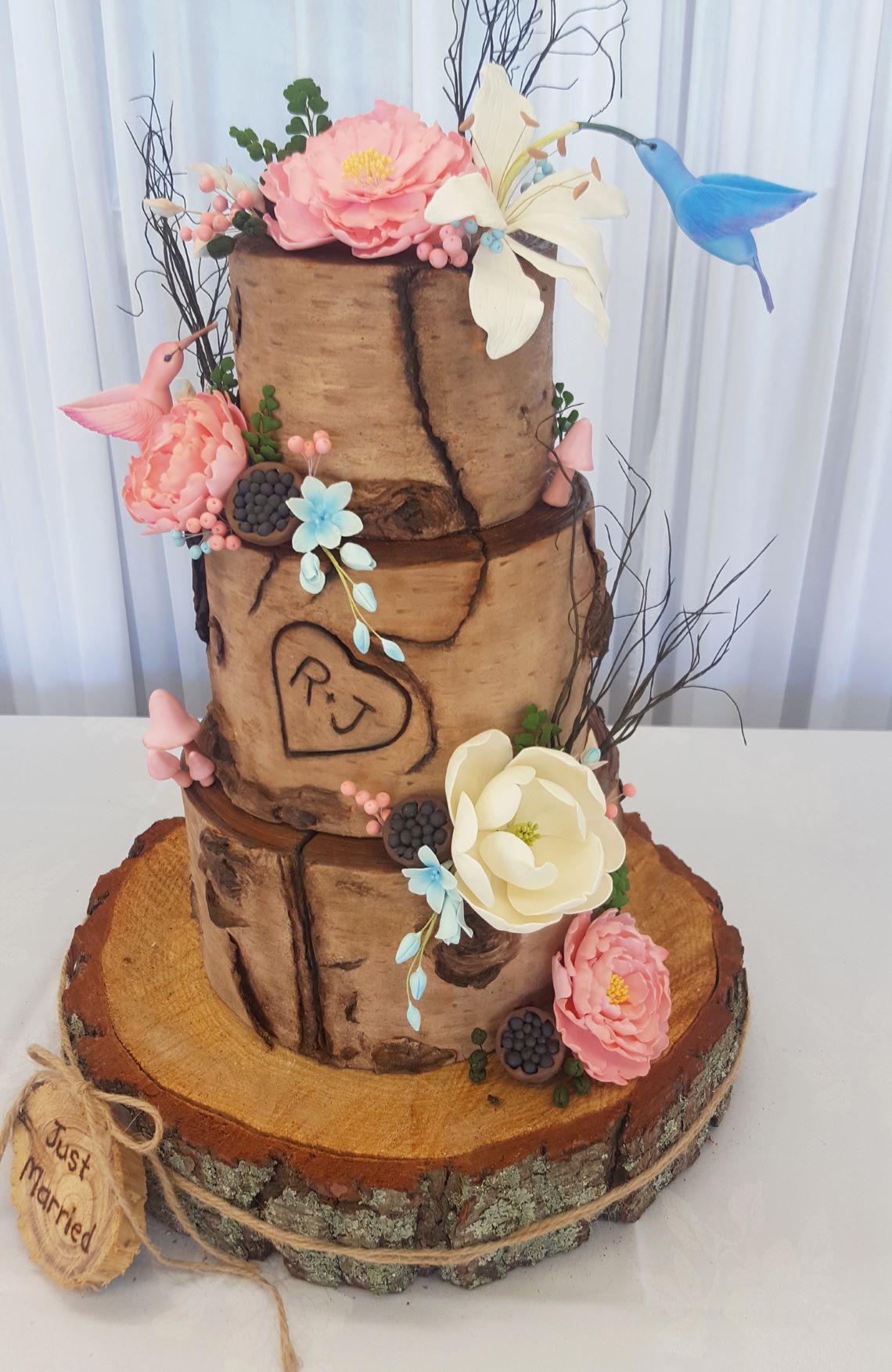 Wood & Hummingbird Cake